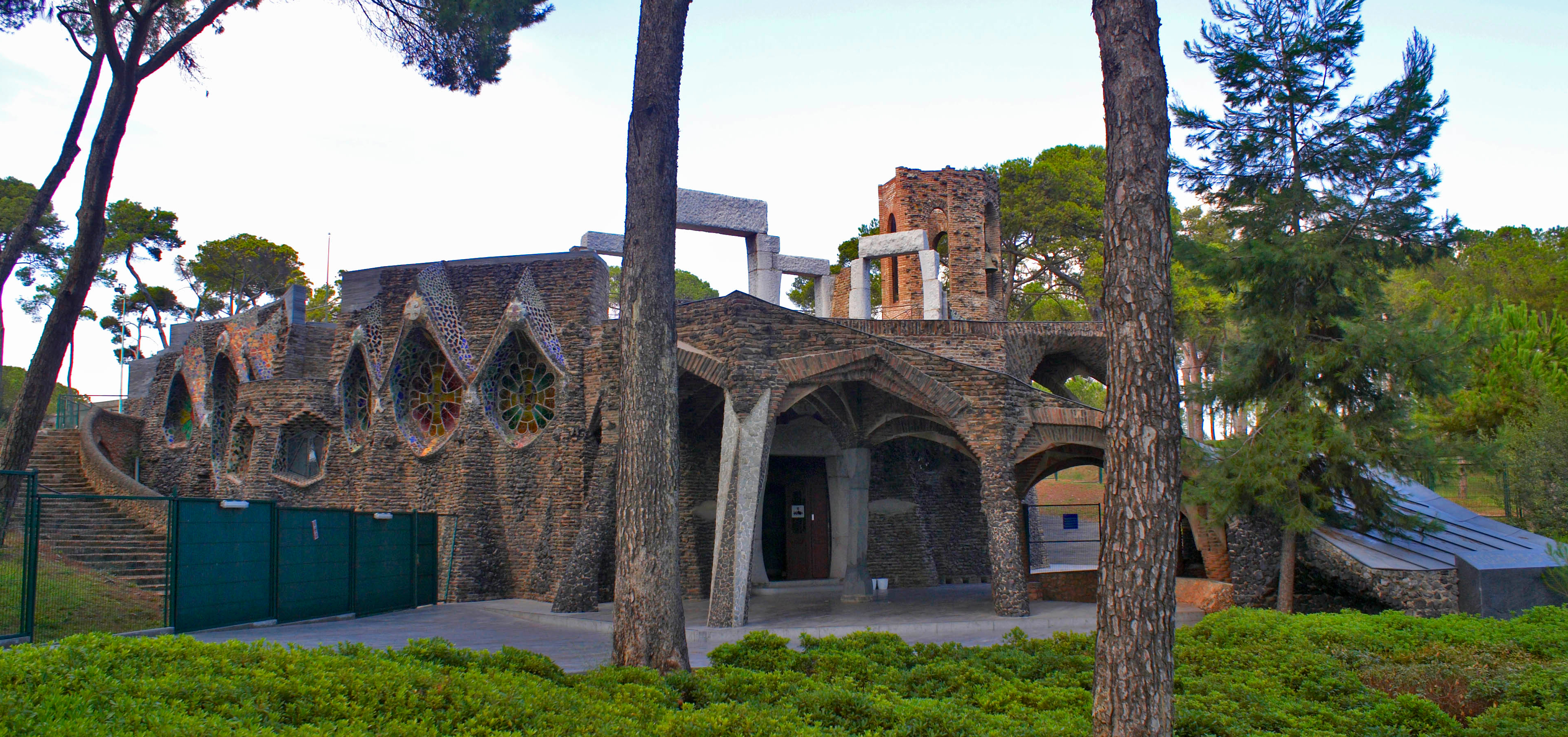 Parametric design in action - Gaudi's Church of Colony Güell